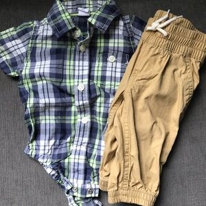 Baby Gap two piece 0-3M